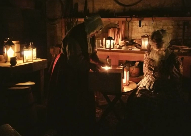 Candlelight Tours at Sutter's Fort